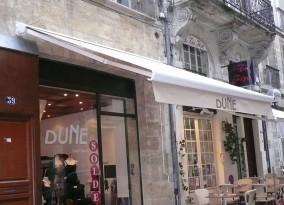 Store banne coffre boutique